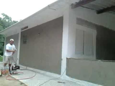 Pintura airless em parede de chapisco youtube for Como elegir pintura para casa