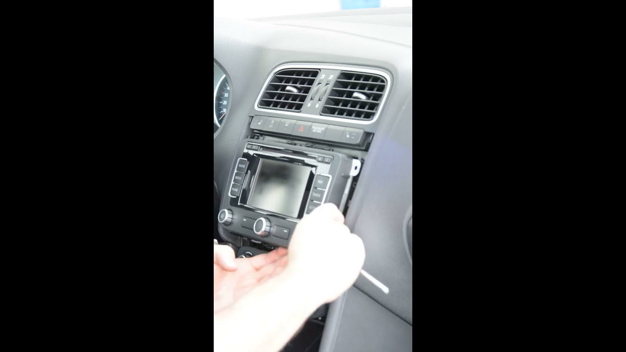 how to remove radio navigation from a vw polo 6r youtube. Black Bedroom Furniture Sets. Home Design Ideas