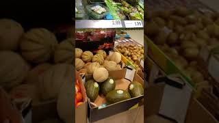 Geri dönüşüm Lidl Market Berlin