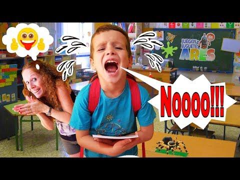 PRIMER DIA DE COLEGIO, ARES EMPIEZA SUS CLASES Y NO QUIERE IR!!! y  Whatsapp de Juegos y Juguetes