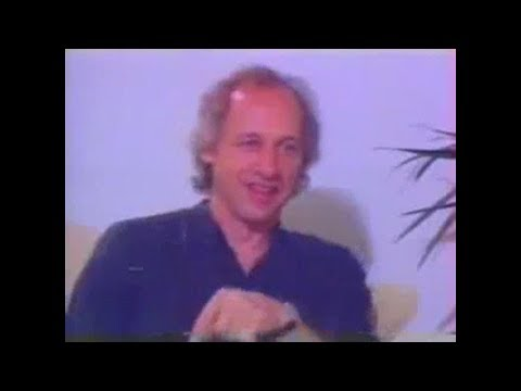 Dire Straits (MK) -- Short Interview from Brazil (Pedro Bial) 1993