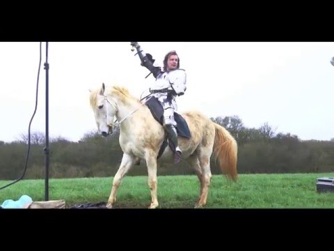 Jason Kingsley - Behind-the-scenes photoshoot with his horse, Warlord
