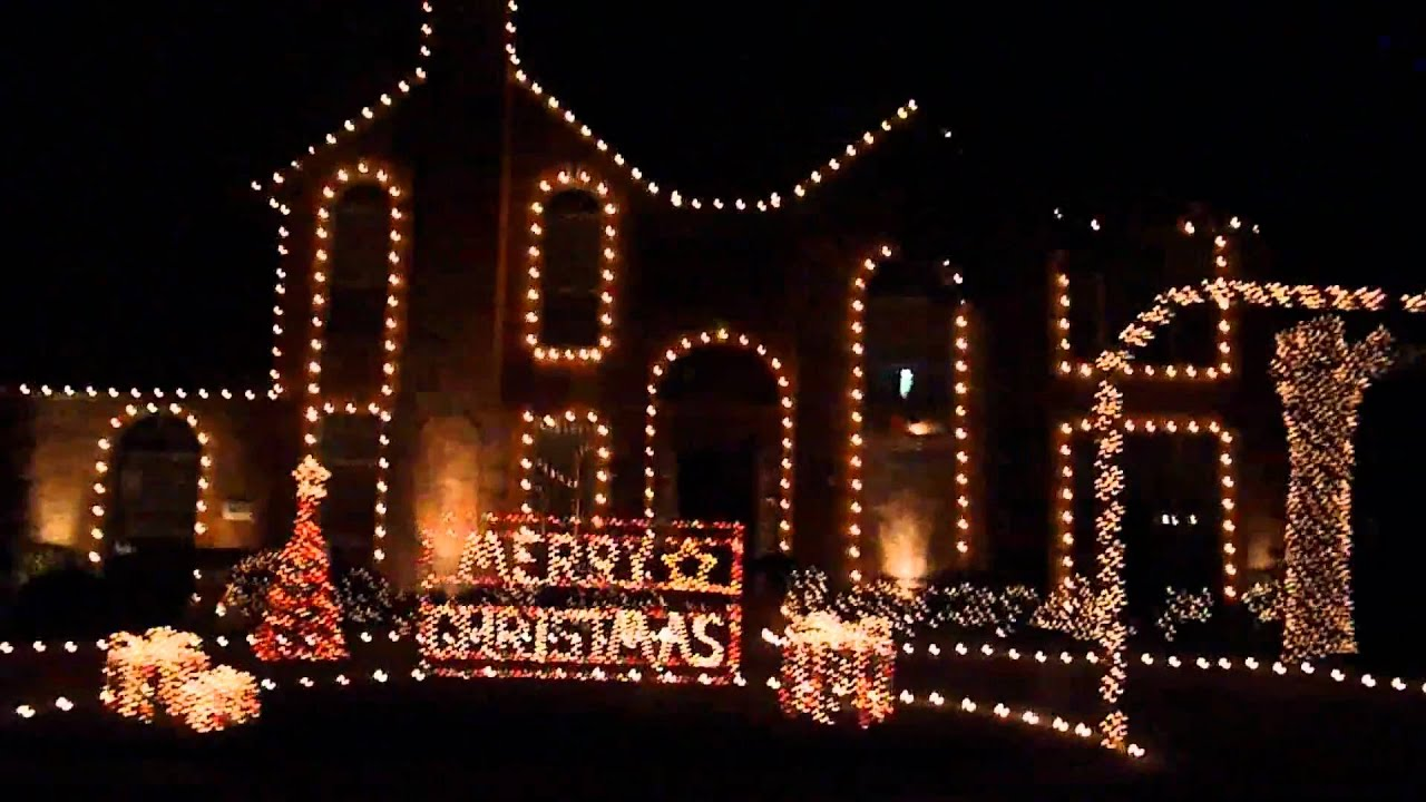 Christmas Lights at Deerfield in Plano, Texas - YouTube