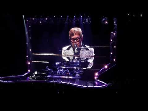Elton John - Someone Saved My Life Tonight (Live Bell Centre)