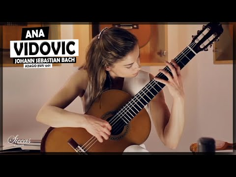 Ana Vidovic plays the Adagio BWV 1001 by J. S. Bach | @SiccasGuitars