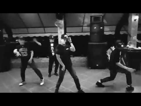 Tao Là Linh Xe Ôm - 3Style Crew Choreography