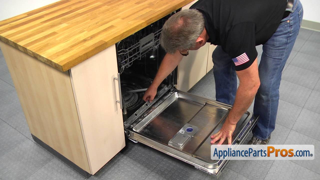 Dishwasher Lower Door Seal (part #WPW10497235) - How To Replace - YouTube & Dishwasher Lower Door Seal (part #WPW10497235) - How To Replace ...