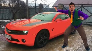 Mr. Joe on Colorful Chevrolet Camaro & Started Funny Race on Sport Car for Kids