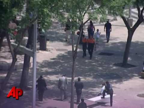 Raw Video: Quake Rattles Mexico City