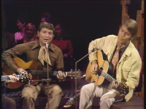 Glen Campbell & Willie Nelson - Good Times Again (2007) - Hello Walls (12 Nov 1969)