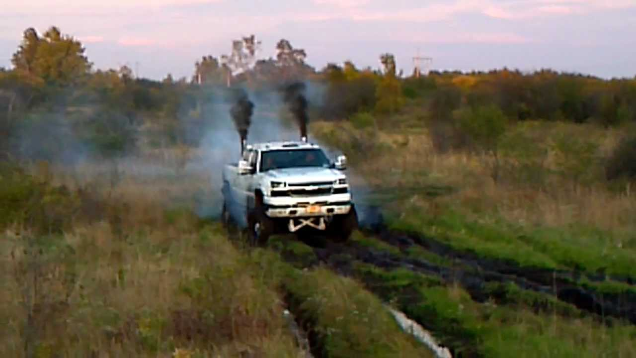 Ford Vs Chevy Trucks >> Duramax Diesel mud run 1 - YouTube