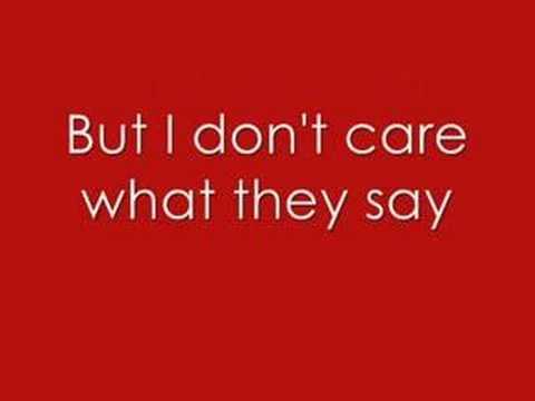Bleeding Love - Leona Lewis ( LYRICS ! )