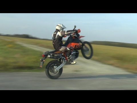 The powerful sound of KTM 950 Super Enduro R - YouTube