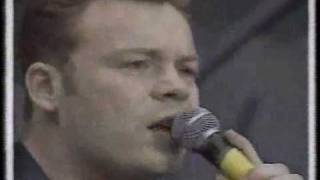 UB40 - Sing our own song (Free Mandela Concert)