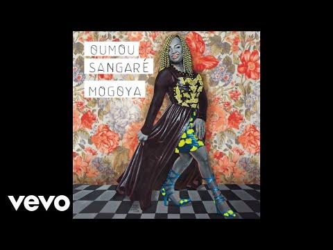 Oumou Sangaré - Mogoya (audio)