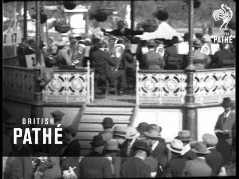 3,600 Bandsmen's Big Blow (1925)