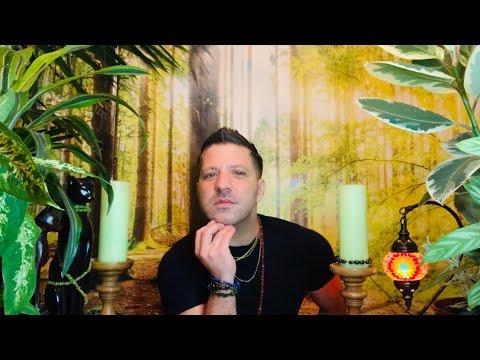 Weekly Horoscope Tarot 🔮⭐️ 2nd - 8th December 2019 ✨ FINANCES | HEALTH & LOVE - Tarot Horoscope thumbnail