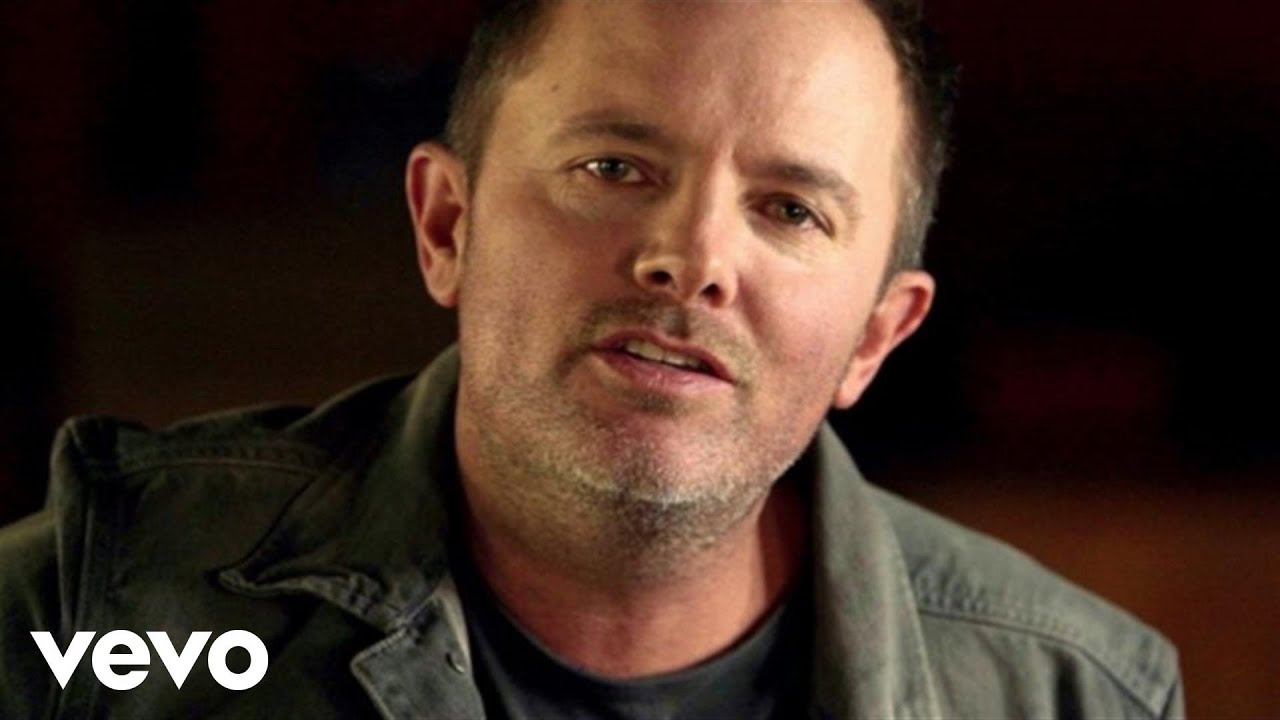 Chris Tomlin - Good Good Father ft. Pat Barrett