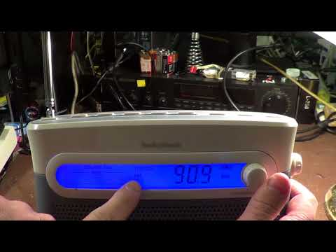 RadioShack 12-888 Portable Radio Overview