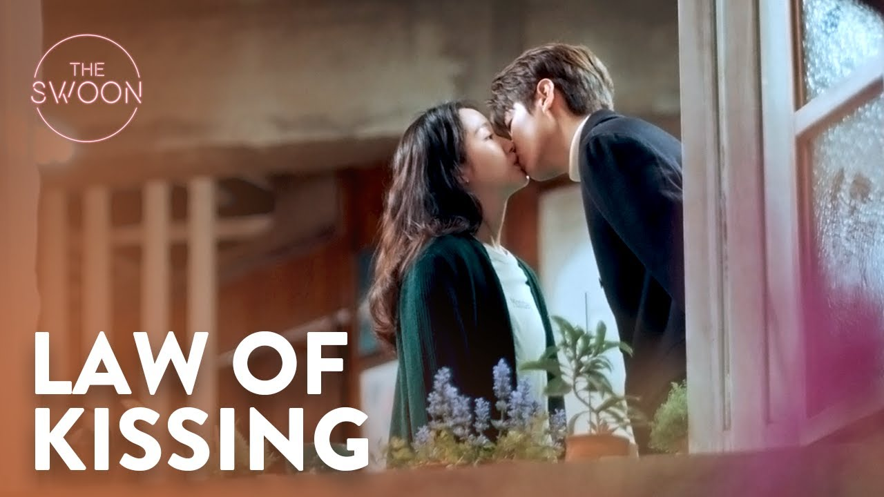 Lee Min-ho teaches Kim Go-eun the laws of kissing | The King: Eternal Monarch Ep 9 [ENG SUB]