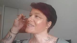 2eme partie, mon homme découvre les joies du maquillage, le teint et les lèvres