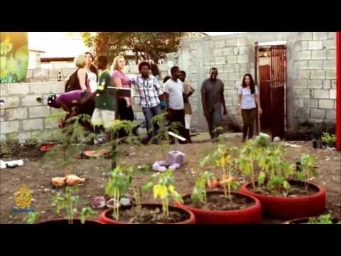 earthrise - Protecting Kenya's elephants & eco-toilets in Haiti