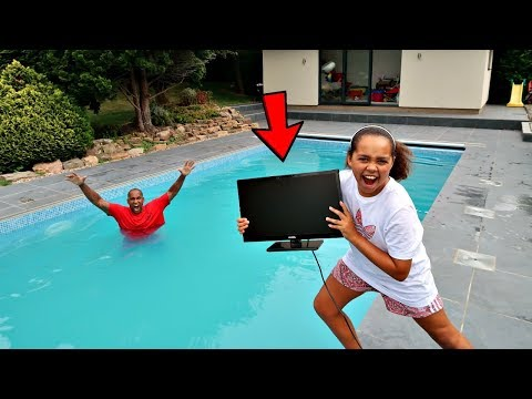 MY DAD'S TV IN OUR SWIMMING POOL PRANK!!