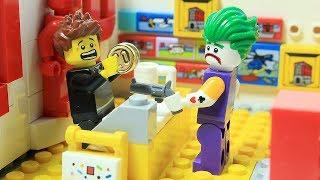 Iron Man and Robin Brick Building LEGO Store - Joker Robbery Prank Superhero Cartoon Animation