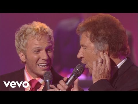 Gaither Vocal Band - Search Me Lord [Live]