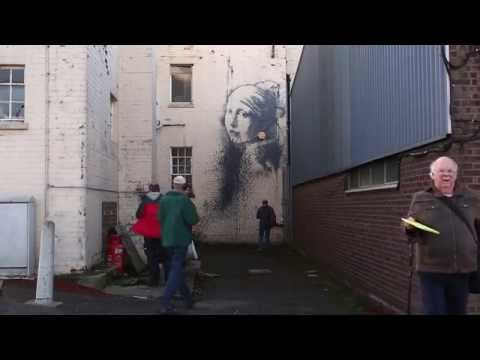 New Banksy appears in Bristol