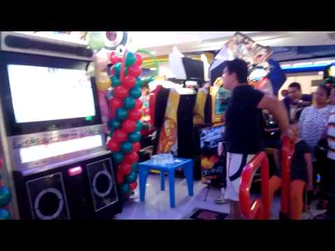 "Pump It Up Competition Funstation Ayani Megamall Pontianak ""Hubertus Cahyo Argo"" Blow S8"
