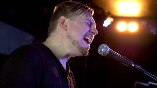 "Richy Neill - ""How You See Me"" - Live"