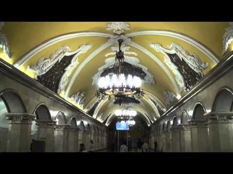 Turist în Moscova, Rusia. La pas prin Moscova / Moscow, Russia (English subtitle)