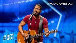 Pablo Cavallo le canta a su sirena | Dominicana´s Got Talent 2019