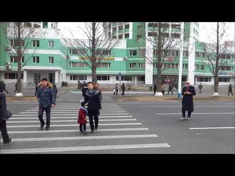 North Korea 2018: Walking in Pyongyang  北朝鮮:平壌を歩く