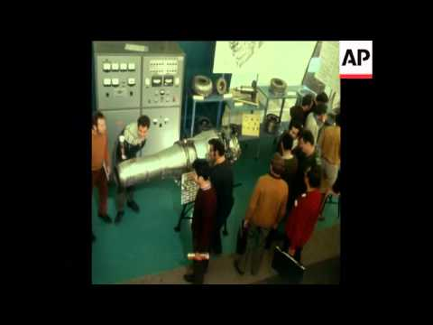 SYND 7-12-72 ARMS AND ENGINEERING EXHIBITION IN TEL AVIV