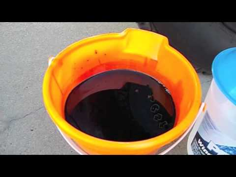 Nissan Xterra Oil Change - YouTube