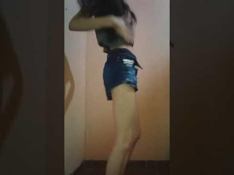 Magrinha Dançando Funk ✔