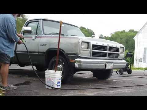 Washing my dirty truck with Easy Off Oven Cleaner