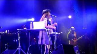 HD - Erykah Badu - Otherside of the game / Me (live) @ Nova Jazz Festival, Wiesen 2011