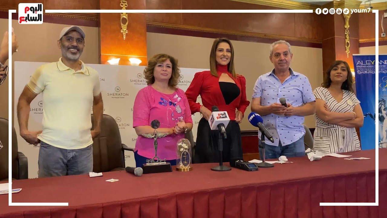 حنان مطاوع تشارك فى تسليم جوائز سينما الأمل بمهرجان الإسكندرية  - 15:55-2021 / 9 / 26