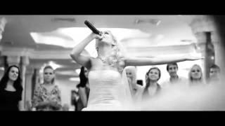 Невеста читает рэп в подарок жениху на свадьбе)).mp4