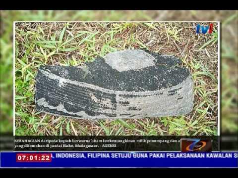 MH370- 20 BARANGAN PERIBADI DITEMUI DI PANTAI RIAKE MADAGASCAR [21 JUN 2016]