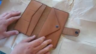 Работа с кожей. Кошелек с отделом для мелочи. Big boy. Making leather wallet(, 2016-07-22T08:42:17.000Z)