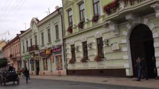 Черновцы - самая красивая улица(Сразу архитектура города поражает красотой., 2014-10-10T06:13:19.000Z)
