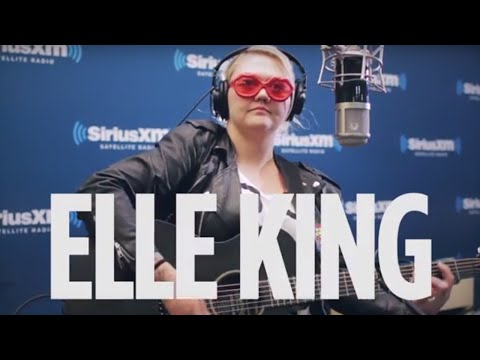 """Elle King """"The Weight"""" The Band Cover Live @ SiriusXM // Alt Nation"""