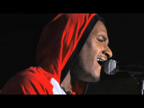 LLOYD SINGS HIS HEART OUT  -