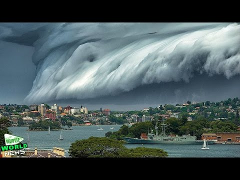 Massive 'Cloud Tsunami' Rolls over Sydney || World News
