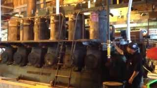 Repeat youtube video Fairbanks Morse 32D diesel start