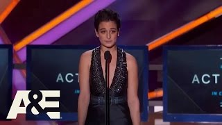Jenny Slate Wins Best Actress in Comedy Award - 2015 Critics' Choice Movie Awards | A&E